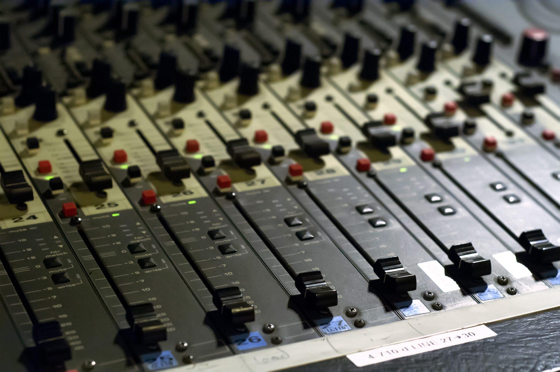 Enregistrement analogique table de mixage D&R